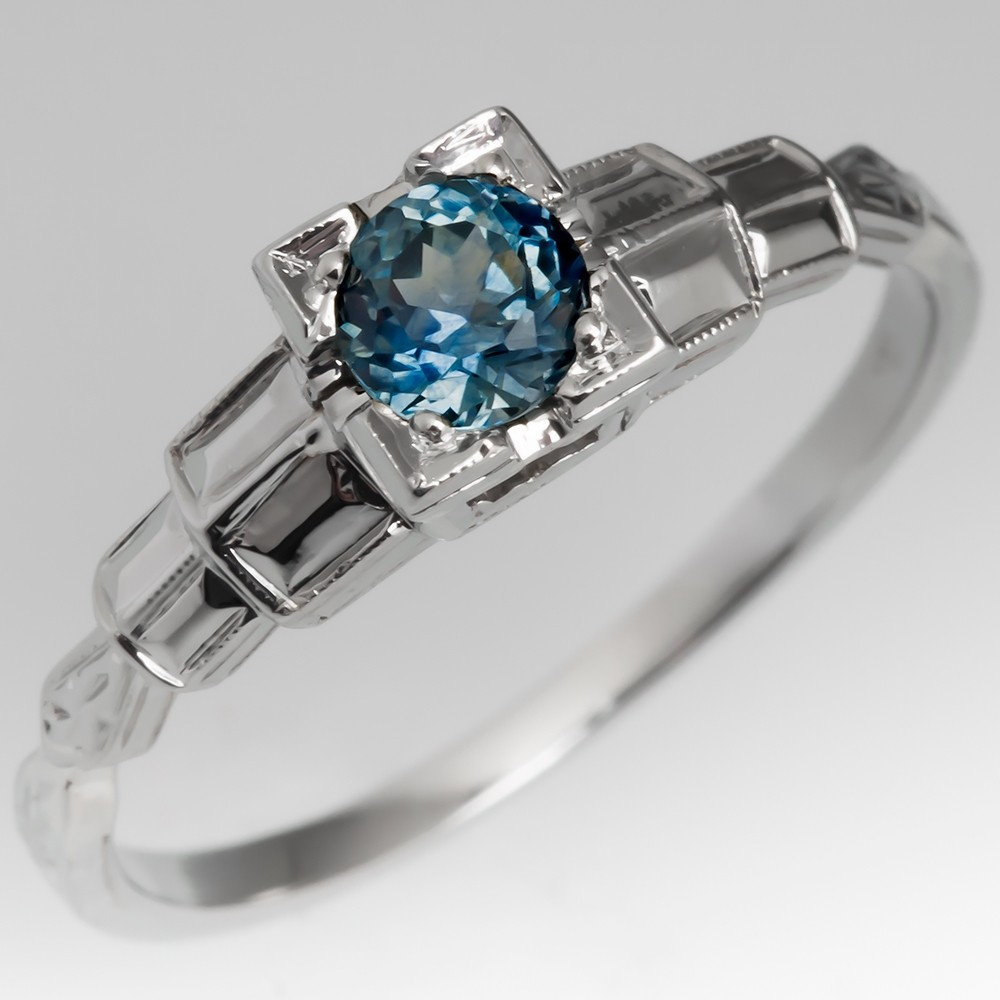 Montana Sapphire Detailed Engagement Ring 1940's 18K Mounting