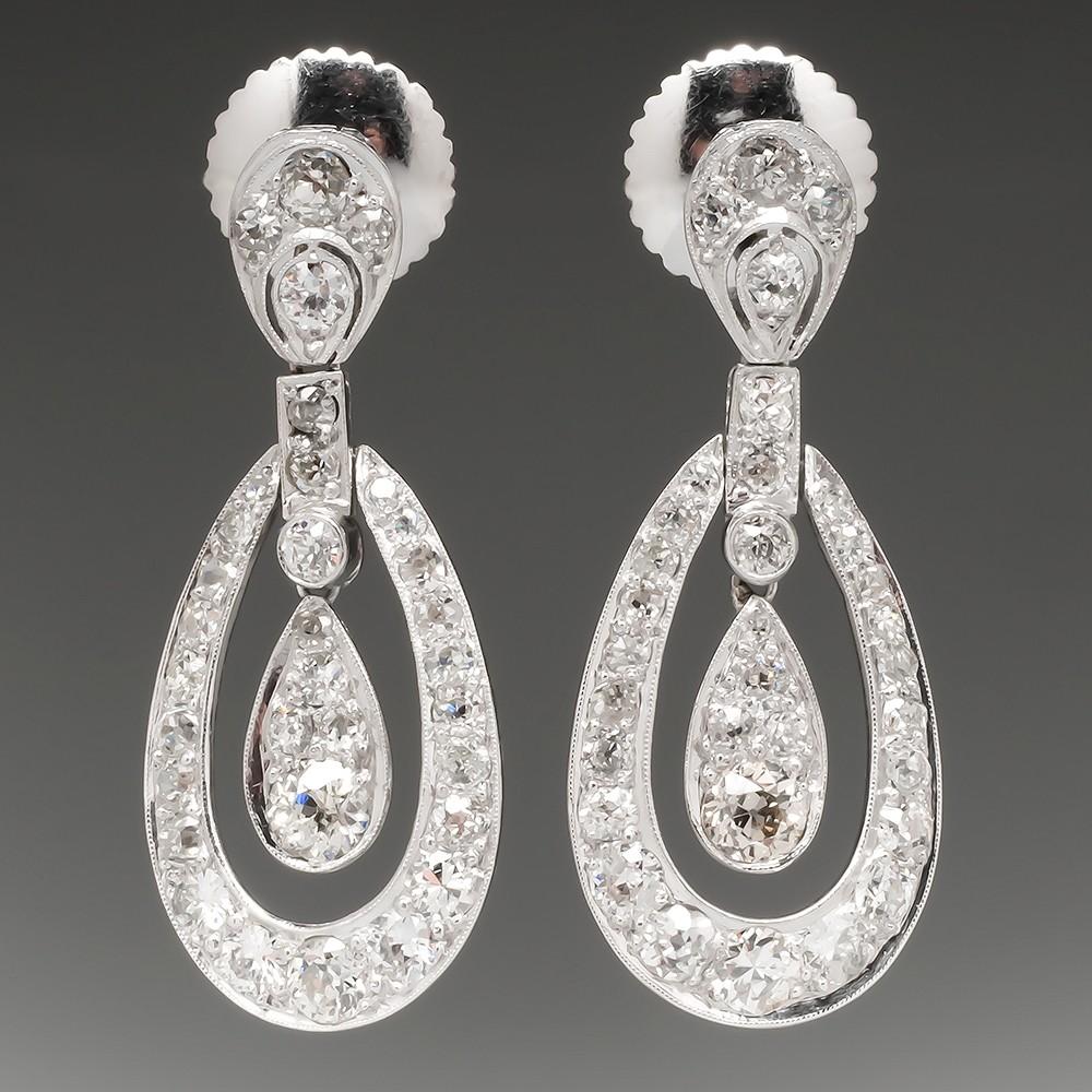 Art Deco Dangle Earrings 3.5 Carats of Diamonds in Platinum