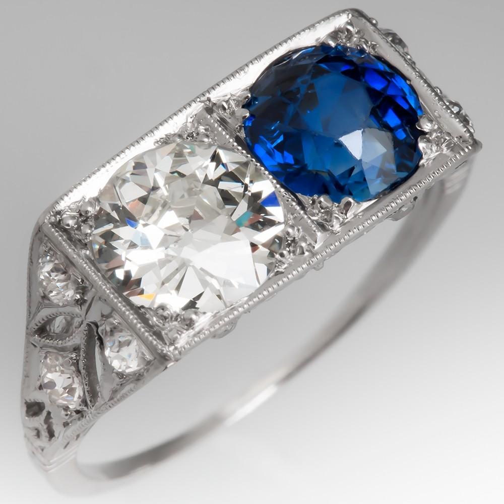 Antique Filigree Toi Et Moi Diamond & Sapphire Ring in Platinum