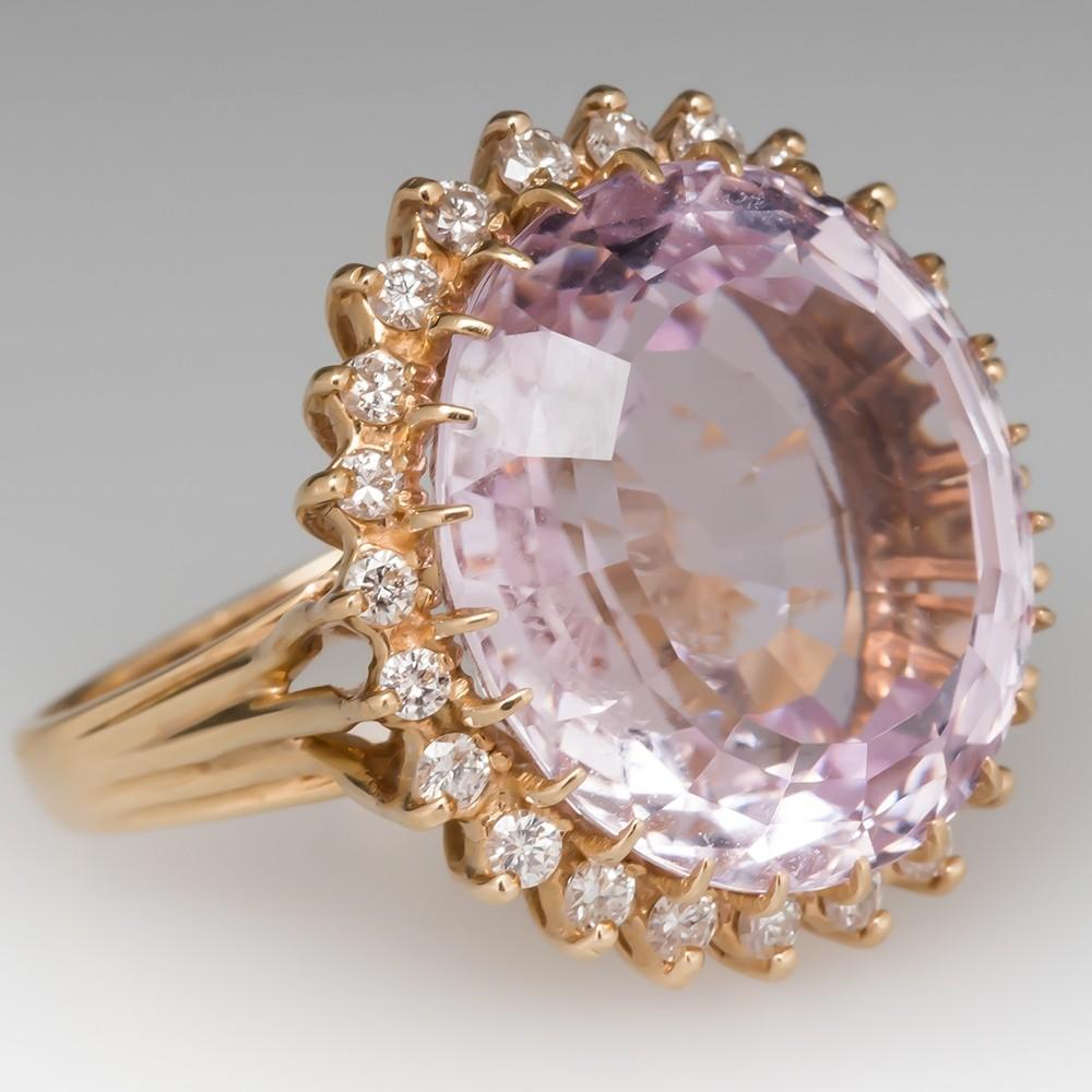 Princess Eugenie's engagement ring look-alike