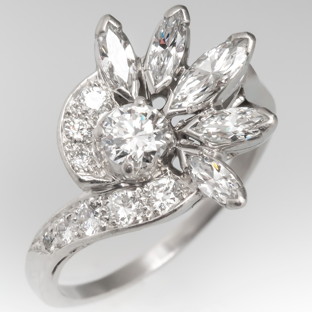Amazing 1950's Vintage Floral Diamond Ring Platinum