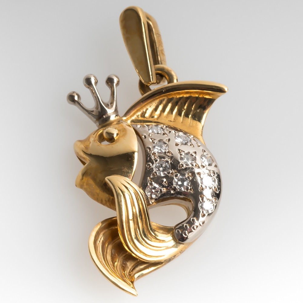 Fish Wearing Crown Diamond Pendant 18K Gold