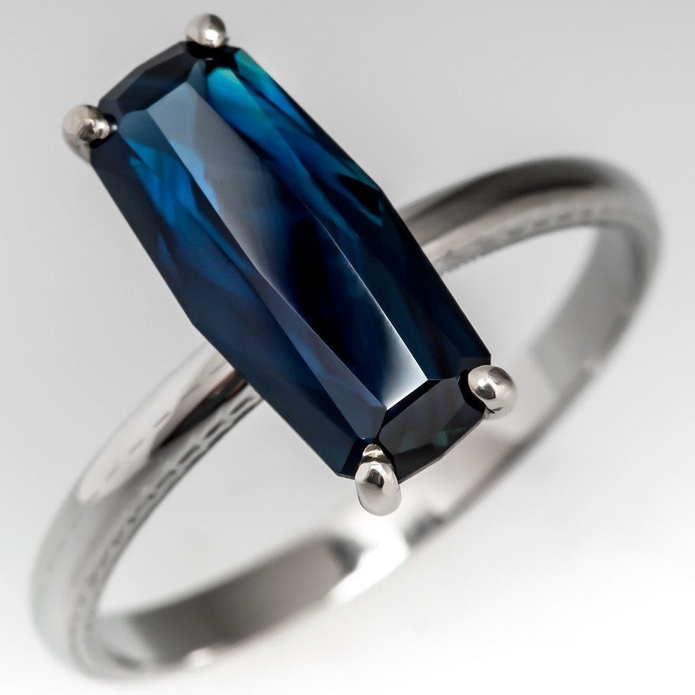 Natural Blue Sapphire Solitaire Antique Patterned Wedding Band