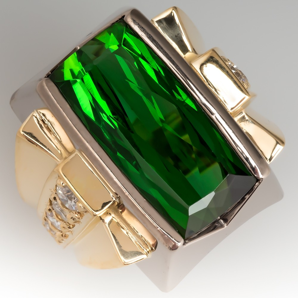 Rich Green Tourmaline Vintage Cocktail Ring 18K Gold