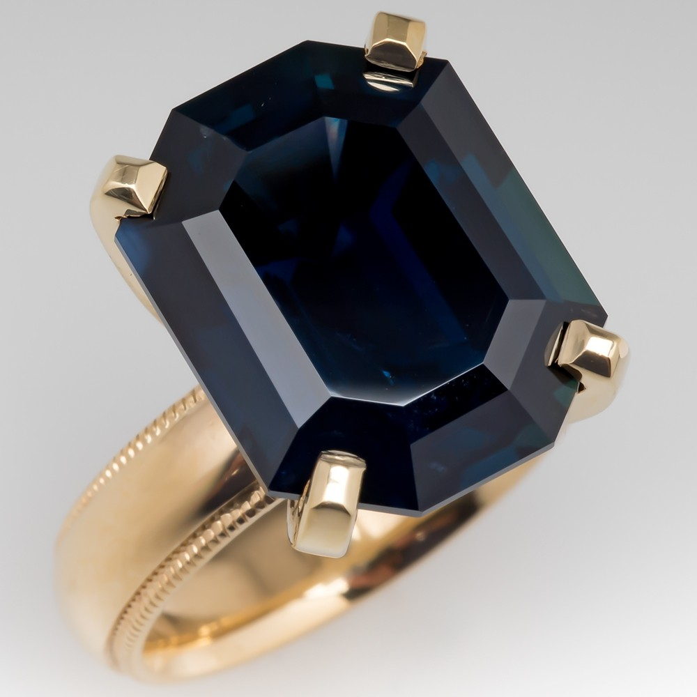15 Carat Massive Dark Blue Green Sapphire Solitaire Ring 18K Gold
