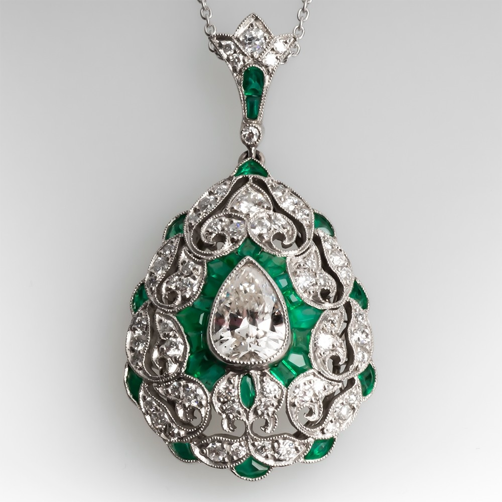 Tear Drop Diamond & Green Emerald Filigree Pendant Necklace Platinum
