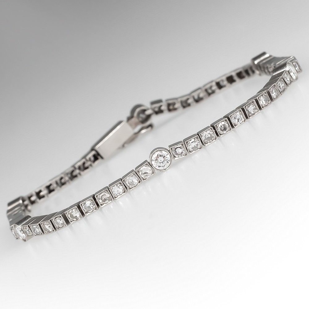 Beautiful Line Style Diamond Bracelet Platinum 7 Inches