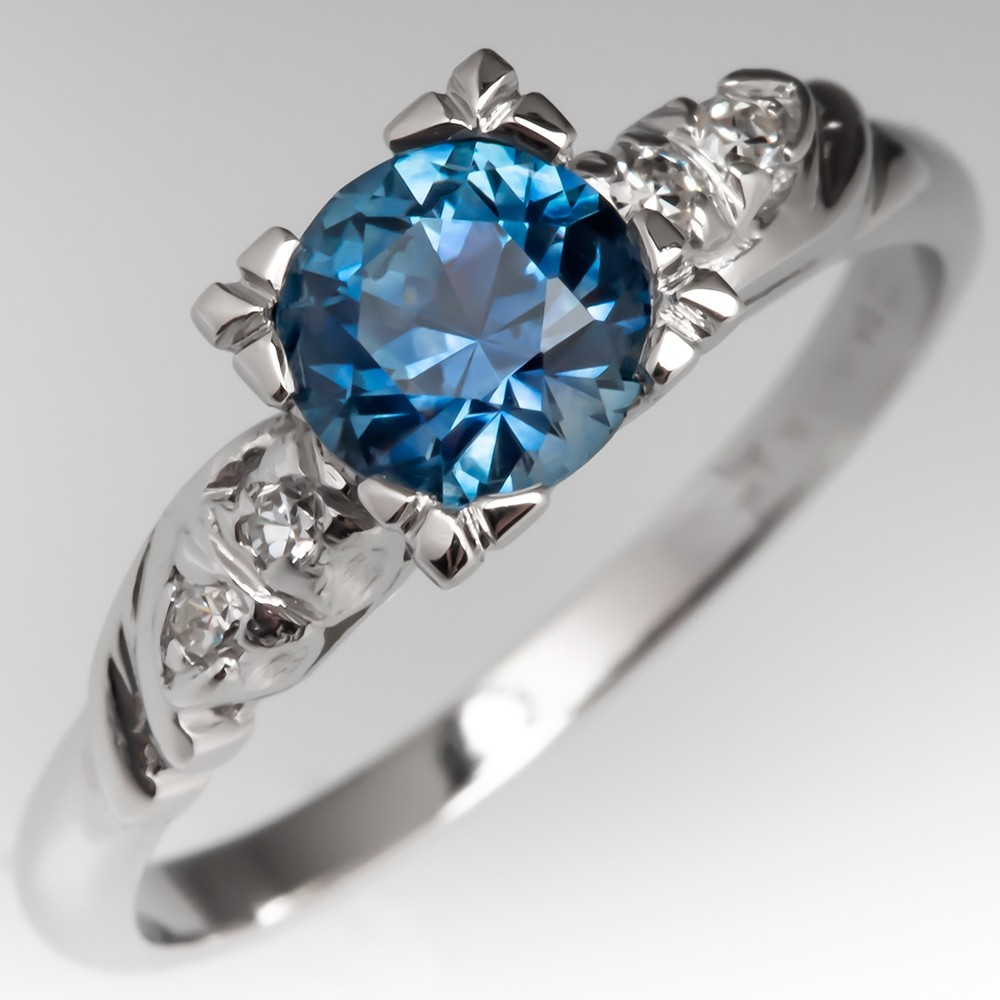 Montana Sapphire Engagement Ring w/ Diamond Accents in Platinum