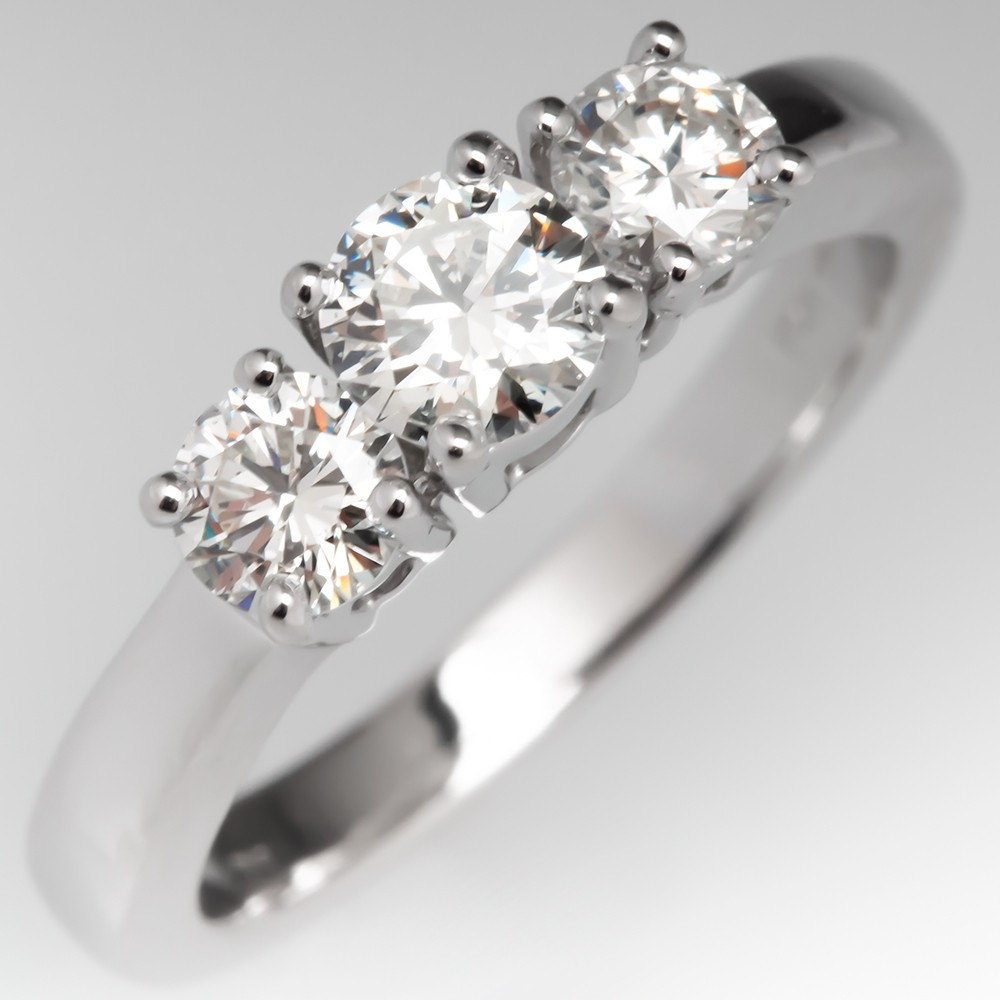 Three Stone Round Brilliant Diamond Engagement Ring 14K