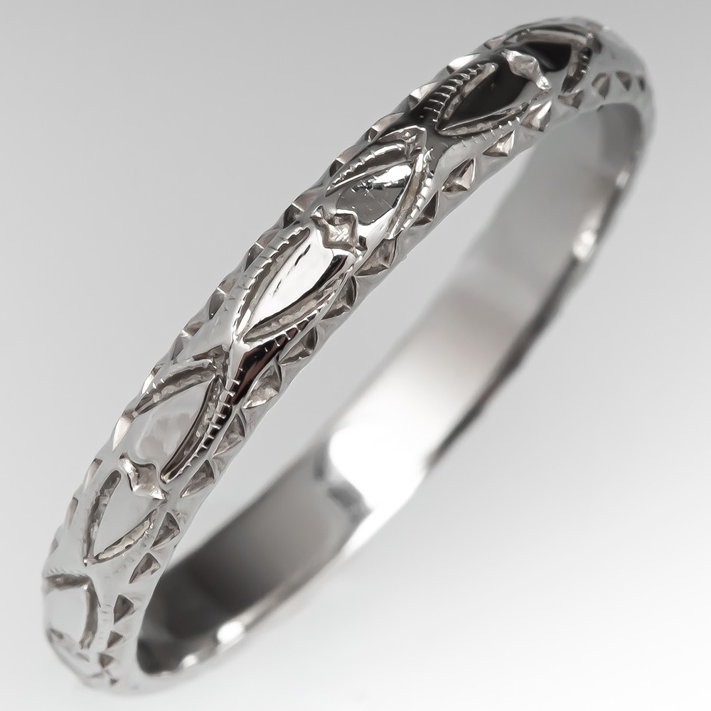 This is a graphic of Small Vintage Mens Wedding Band Engraved 39K White Gold