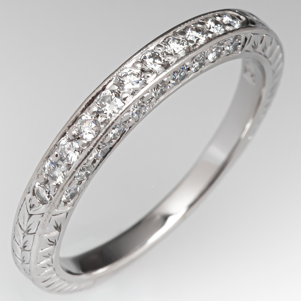 It is a graphic of Scott Kay Diamond Wedding Band Ring, 45mm wide, Size 45.45