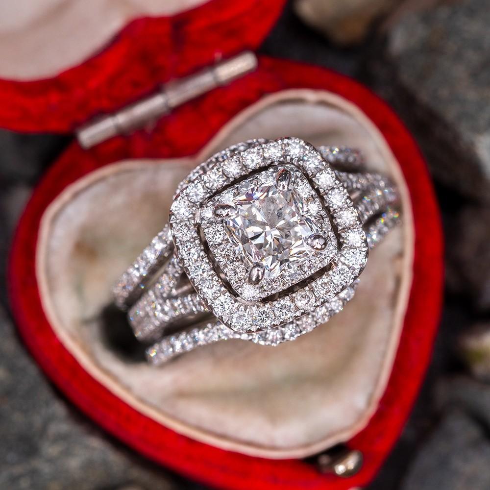 Beautiful Neil Lane Bridal Diamond Ring Set 1 34ct E Vs2