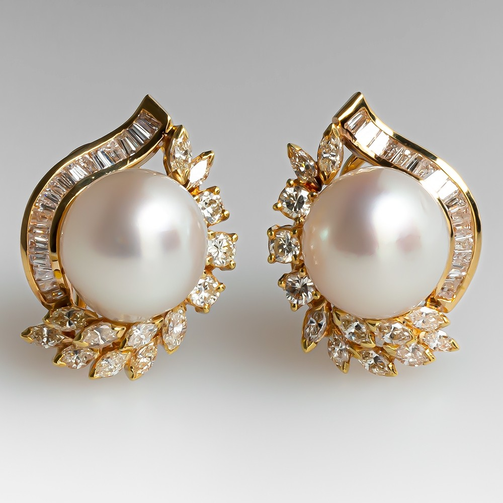 FREE SHIPPING Vintage Jewelry Gorgeous Gold Color Round Earrings