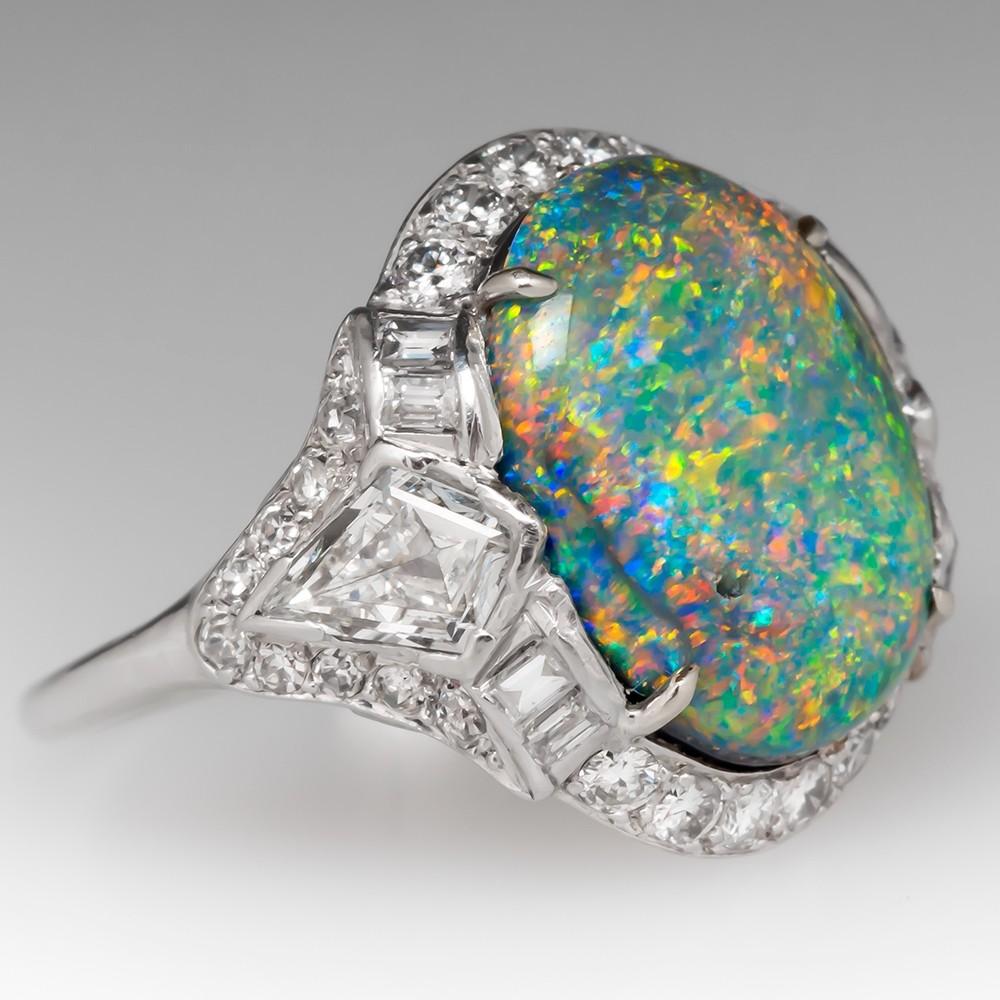 Stunning Art Deco Opal Ring w/ Diamonds in Platinum 1920's