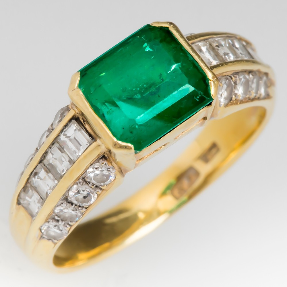 Low Profile Emerald & Diamond 18K Yellow Gold Ring