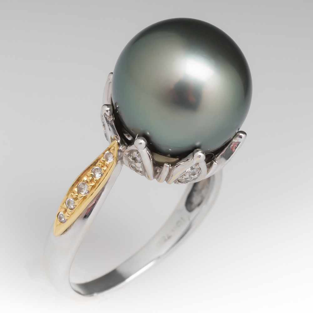 Tahitian Black Pearl Ring 18K Gold Floral Details with Diamonds