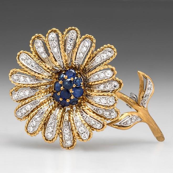Vintage Daisy Flower Brooch Pin
