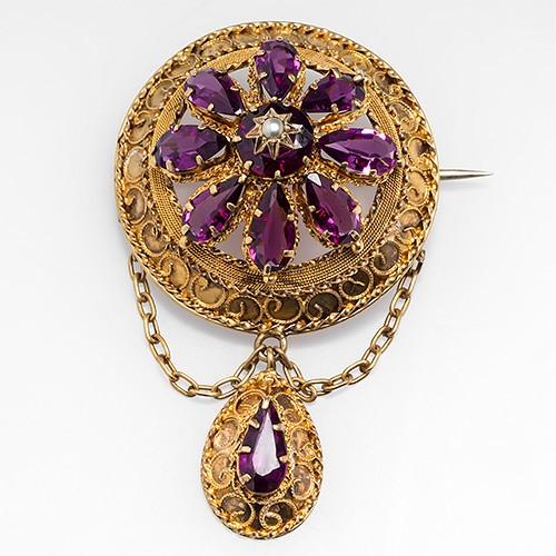 Victorian Garnet Brooch Pin