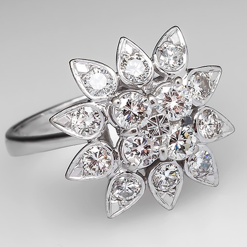 St Louise School Bellevue Snowflake Ring