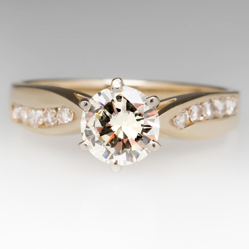 Round Brilliant Yellow Gold Diamond Ring