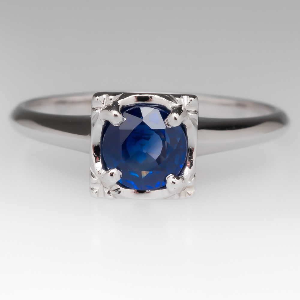 Round Natural Blue Sapphire in Squared Head 14K Ring
