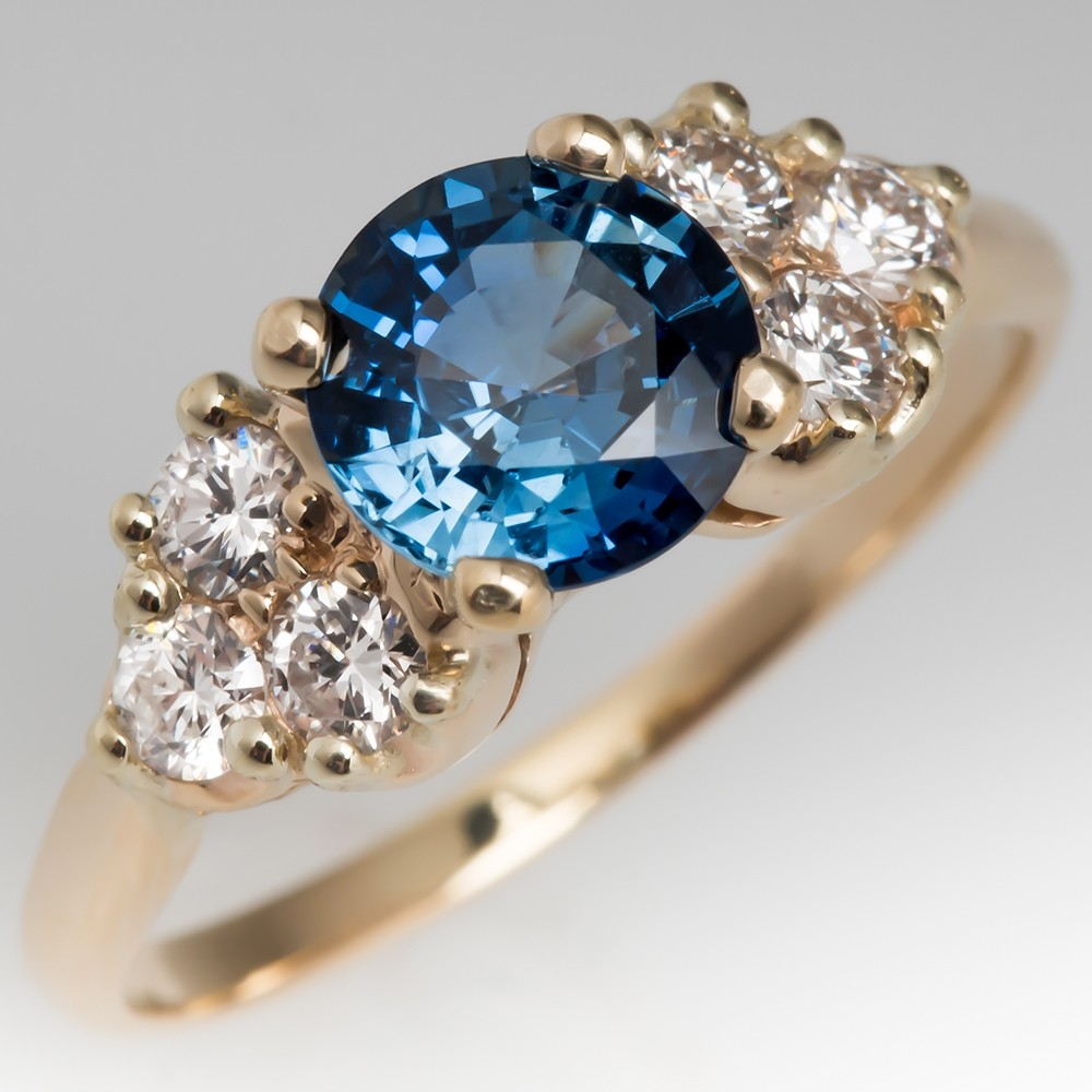 Vibrant Light Blue No Heat Sapphire & Diamond 14K Ring
