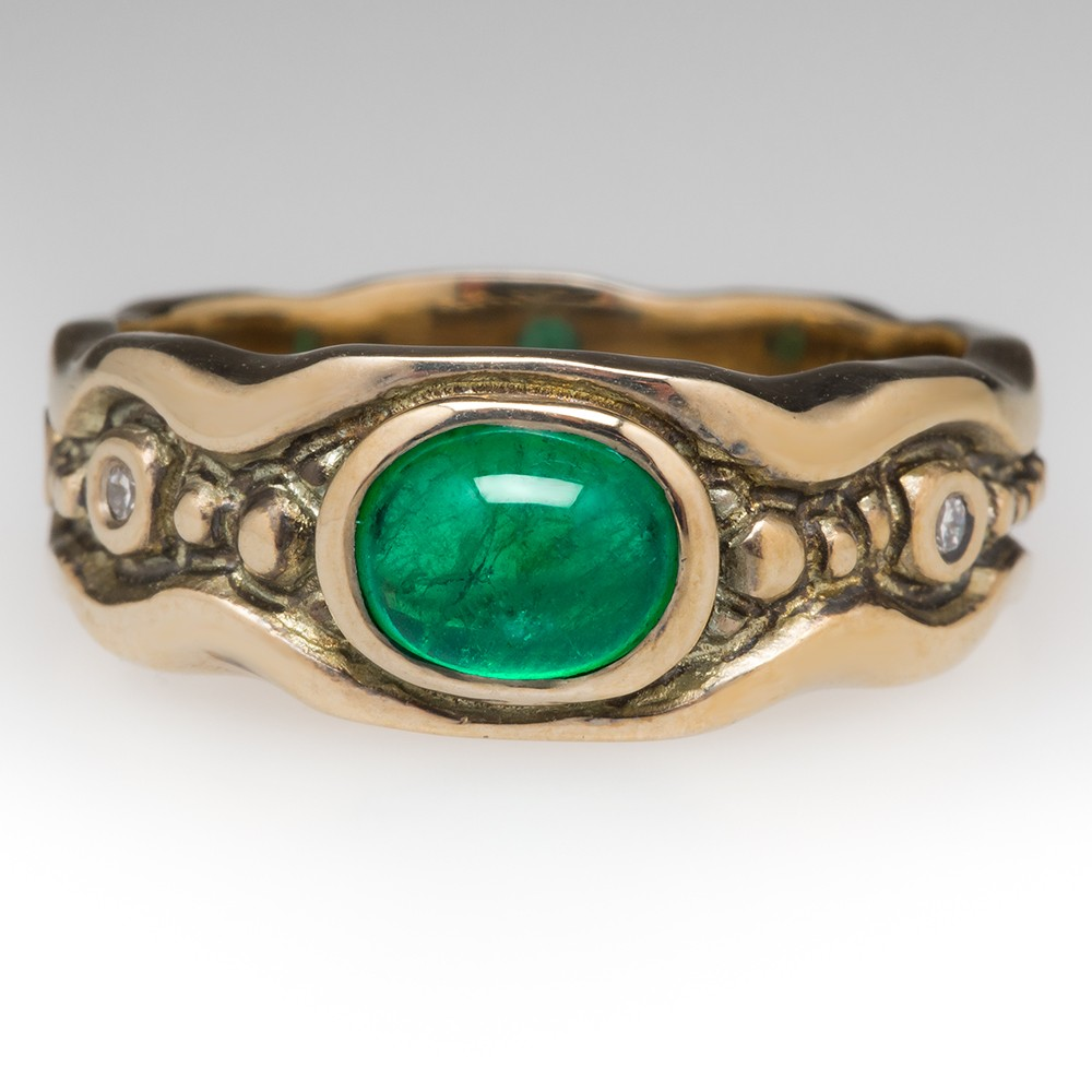 Emerald Cabochon Wide Band Ring 18K