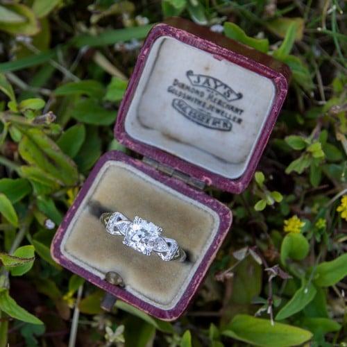 Jay's Diamond Merchant Essex Ring Box