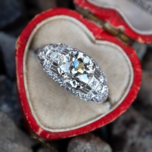 1930's Detailed Platinum Diamond Antique Engagement Ring