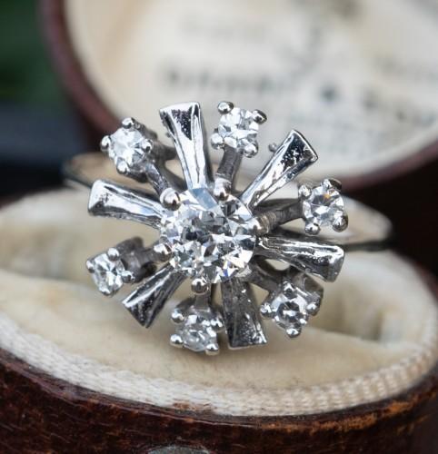 Vintage Starburst Transitional Cut Diamond Cluster Ring