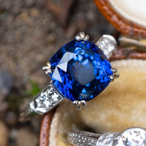 Magnificent 4 Carat Blue Sapphire Engagement Ring Platinum