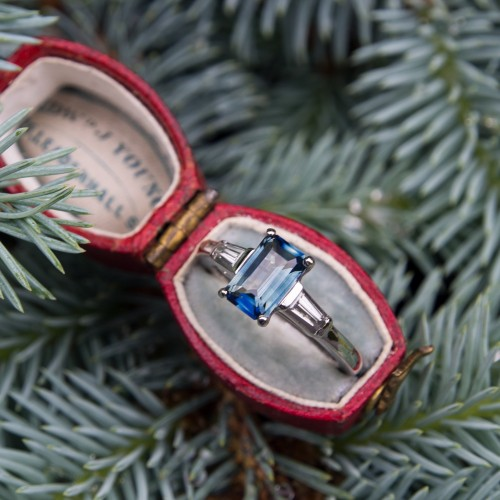 Bi-Color Blue Green Sapphire Engagement Ring Vintage Platinum Diamond Mounting