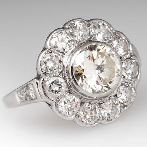 Stunning Vintage Diamond Halo Engagement Ring Platinum