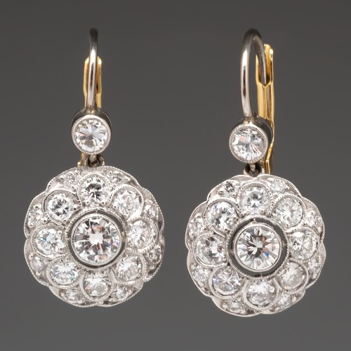 Beautiful Diamond Drop Earrings Platinum & 18K