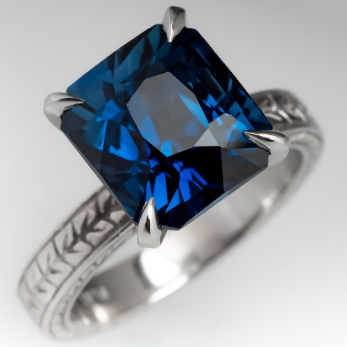 Captivating Greenish Blue Sapphire Solitaire w/Patterned Band Platinum