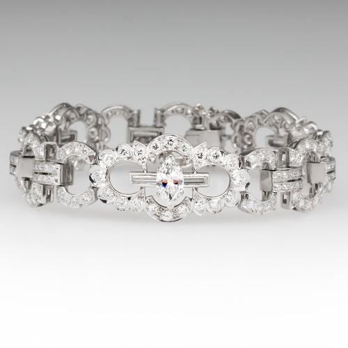 1950's Stunning 10 Carat Diamond Encrusted Bracelet in Platinum