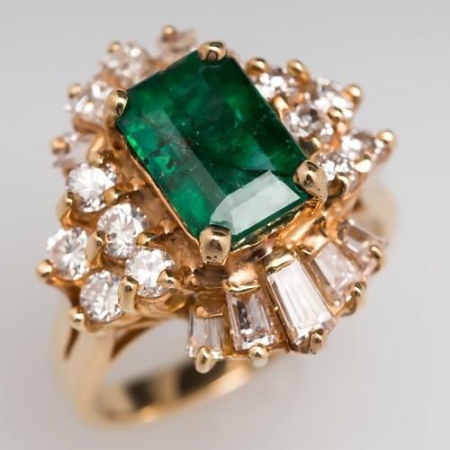 Emerald Ballerina Ring