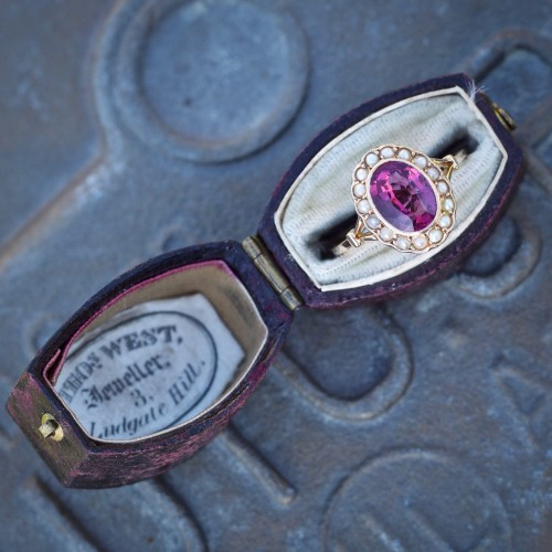 Thomas West Jeweller, 3 Ludgate Hill Ring Box