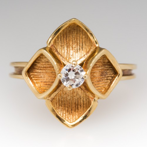 1970's Flower Diamond Solitaire Ring 18K Yellow Gold
