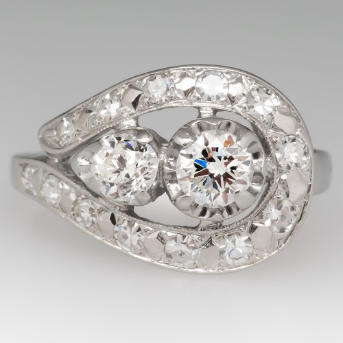 1940's Retro Diamond Ring Detailed 14K White Gold