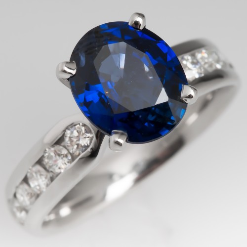 Beautiful Blue Sapphire Ring Platinum w/ Diamond Accents