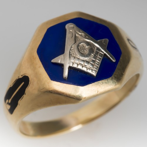 Vintage Mens Masonic Ring Enamel Details 14K Gold