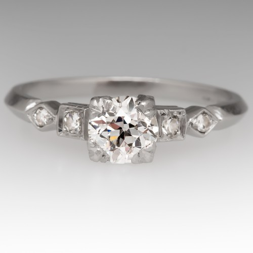 Beautiful 1920's Antique Diamond Engagement Ring in Platinum