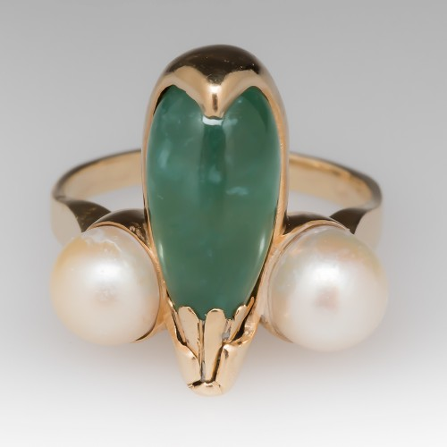 1970's Teardrop Jade and Pearl 14k Yellow Gold Ring