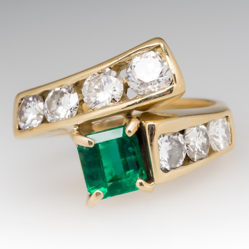 1 Carat Emerald & Round Brilliant Diamond Ring 18K Yellow Gold